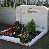 Grabstein Familiengrab